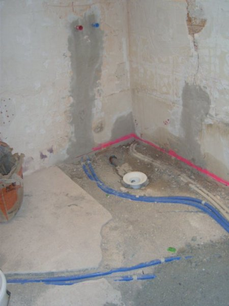 R novation d 39 une salle de bain aix en provence syst me for Douche italienne maconnee