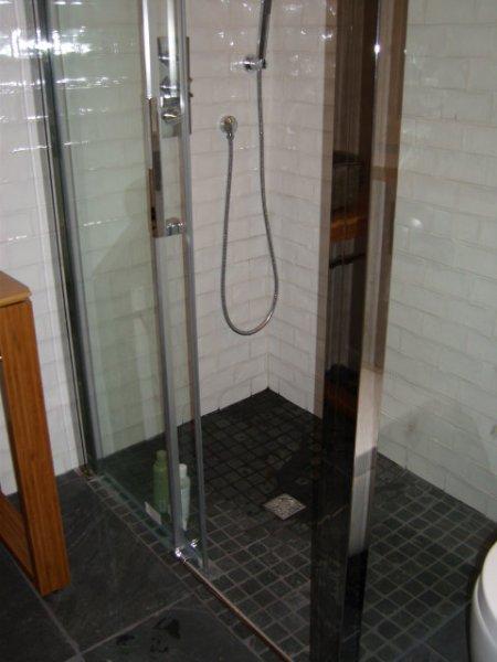 Votre projet salle de bain avec lb energies syst me de for Aix carrelage le tholonet